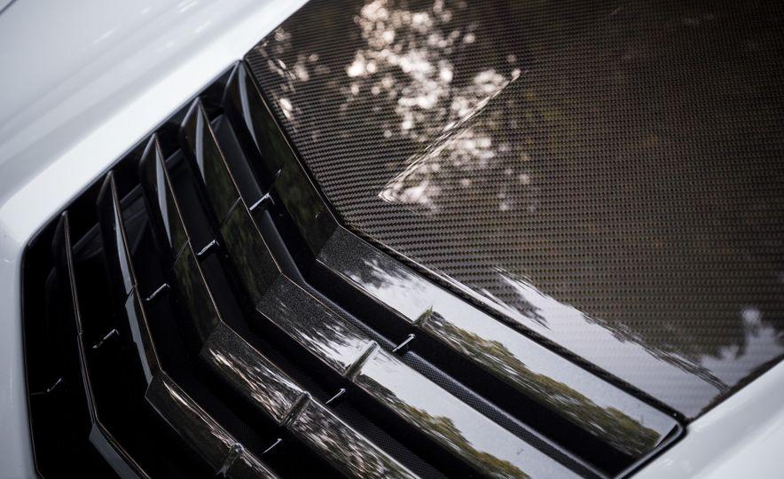 2018 Chevrolet Corvette Grand Sport Carbon 65 - Slide 24