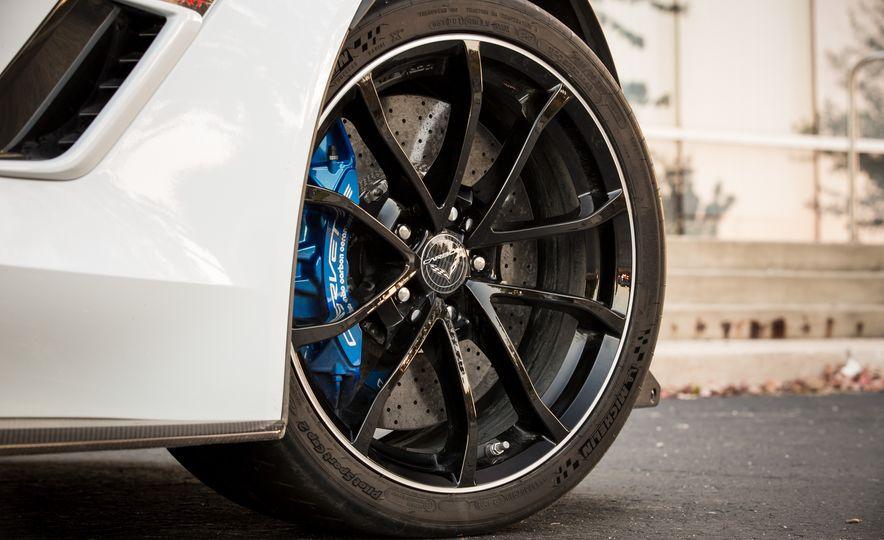 2018 Chevrolet Corvette Grand Sport Carbon 65 - Slide 26