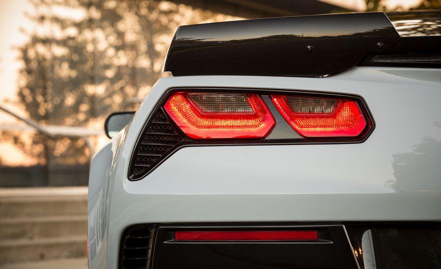 2018 Chevrolet Corvette Grand Sport Carbon 65 - Slide 29