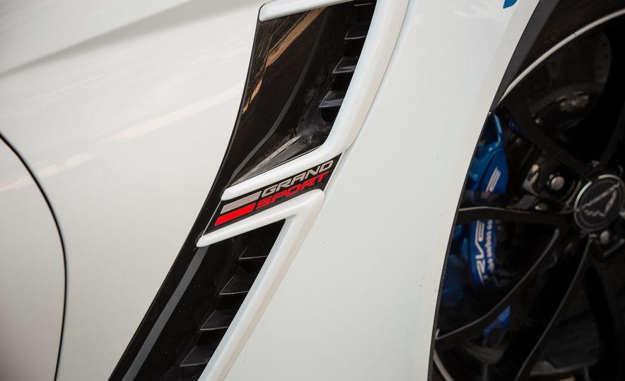 2018 Chevrolet Corvette Grand Sport Carbon 65 - Slide 32