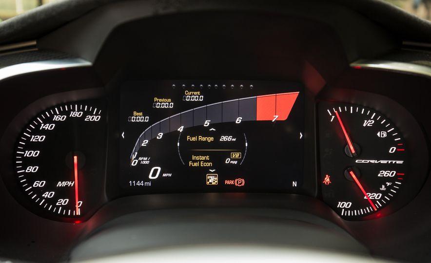 2018 Chevrolet Corvette Grand Sport Carbon 65 - Slide 41