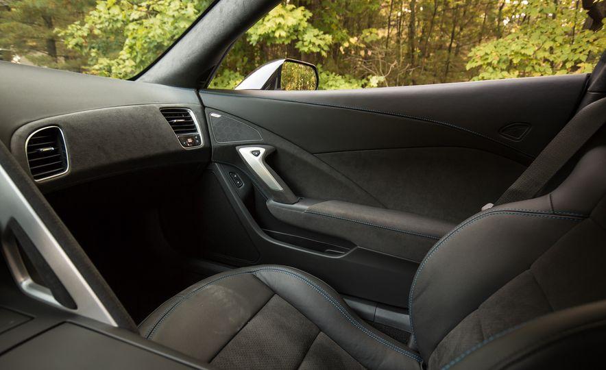 2018 Chevrolet Corvette Grand Sport Carbon 65 - Slide 47