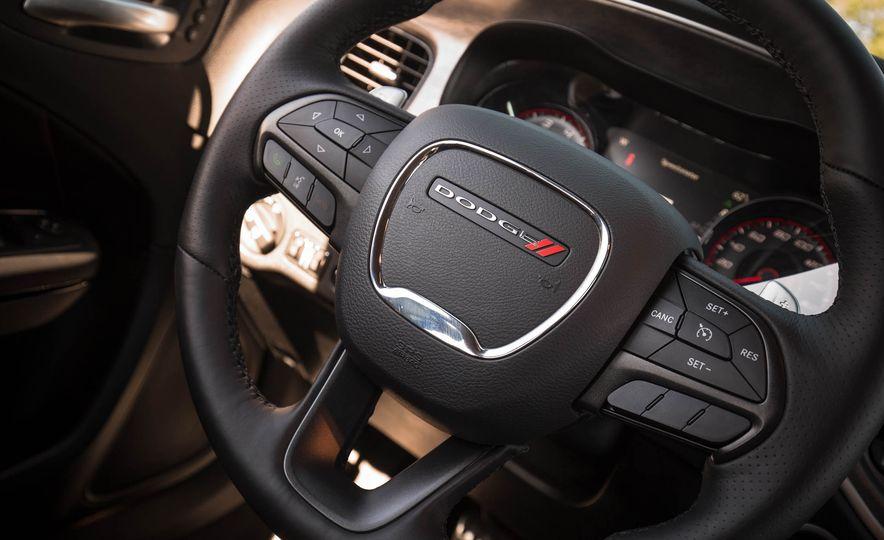 2018 Dodge Charger - Slide 37