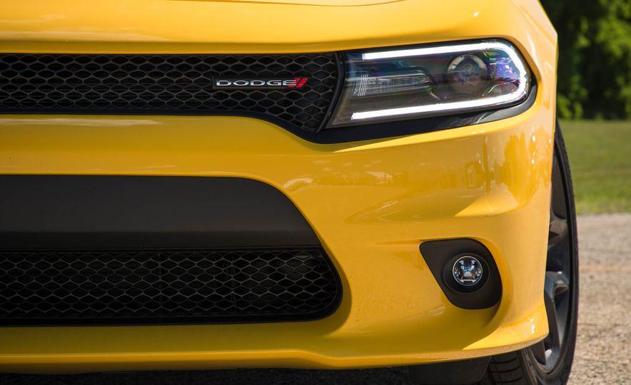 2018 Dodge Charger - Slide 5