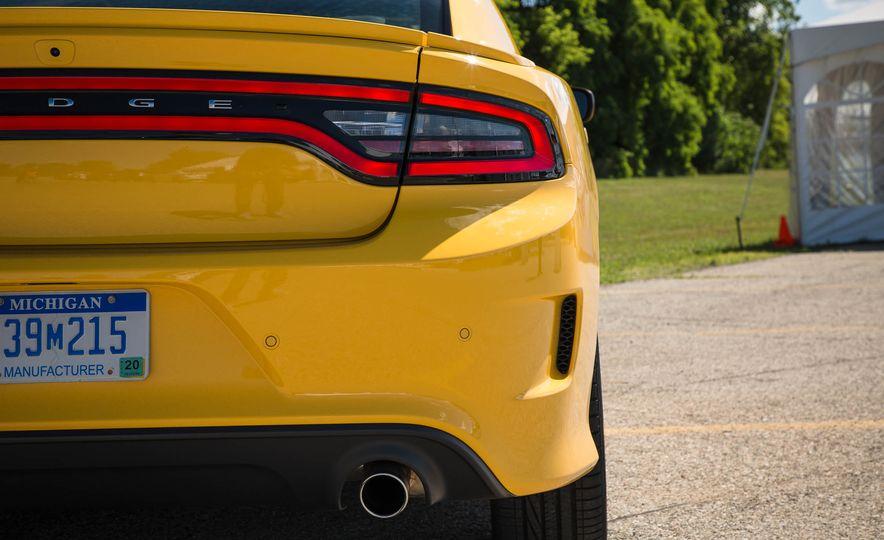 2018 Dodge Charger - Slide 7