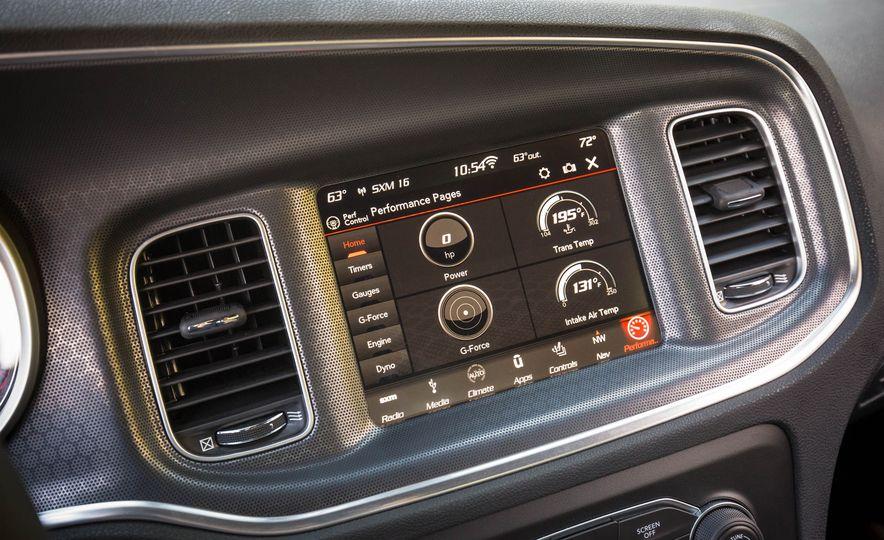 2018 Dodge Charger - Slide 11