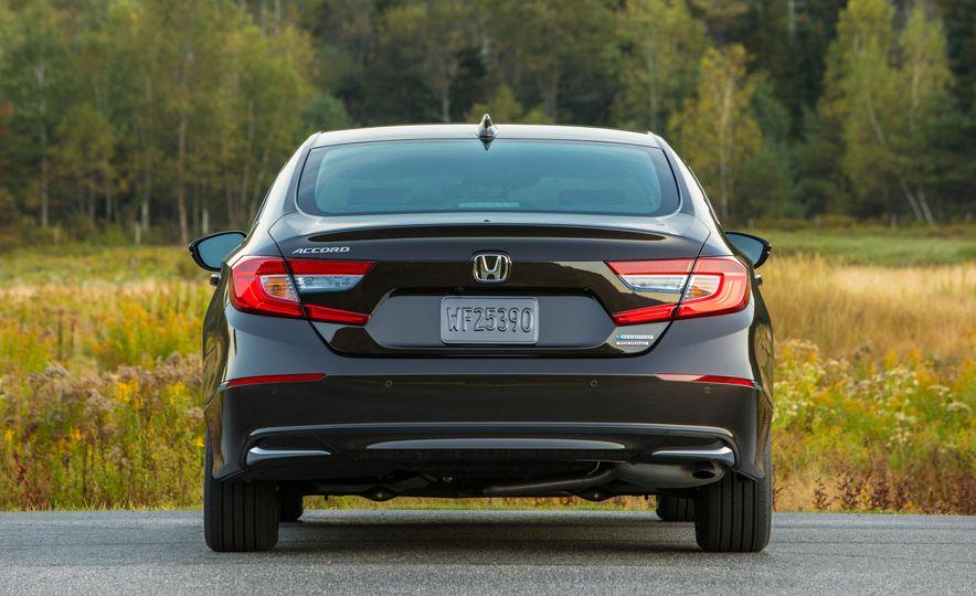 2018 Honda Accord hybrid - Slide 19
