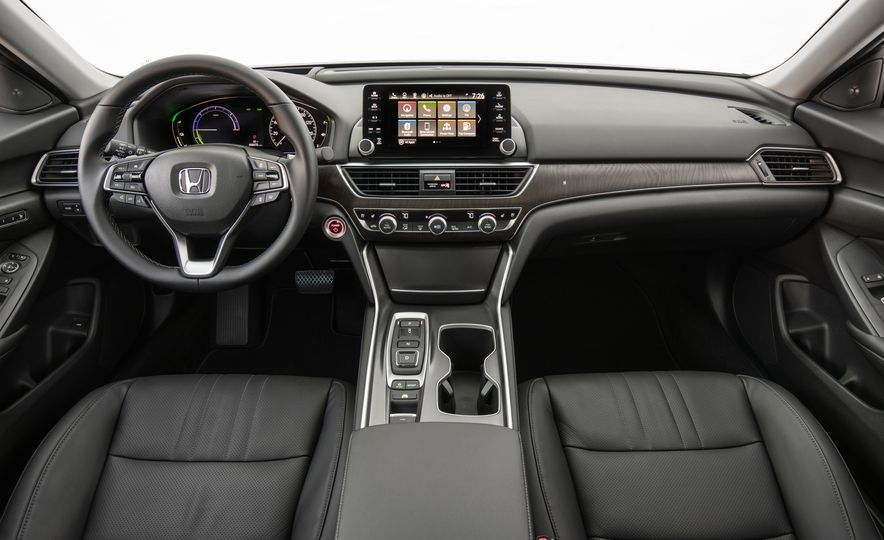 2018 Honda Accord hybrid - Slide 22