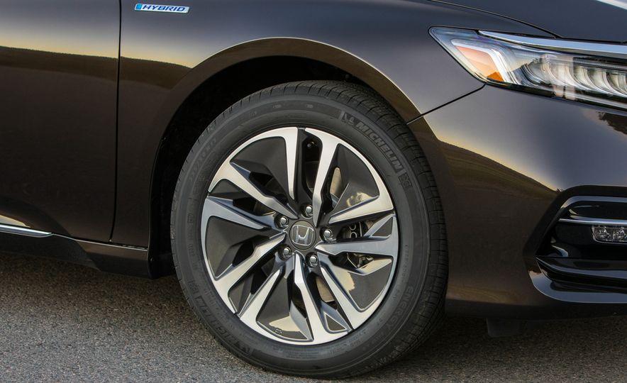 2018 Honda Accord hybrid - Slide 14