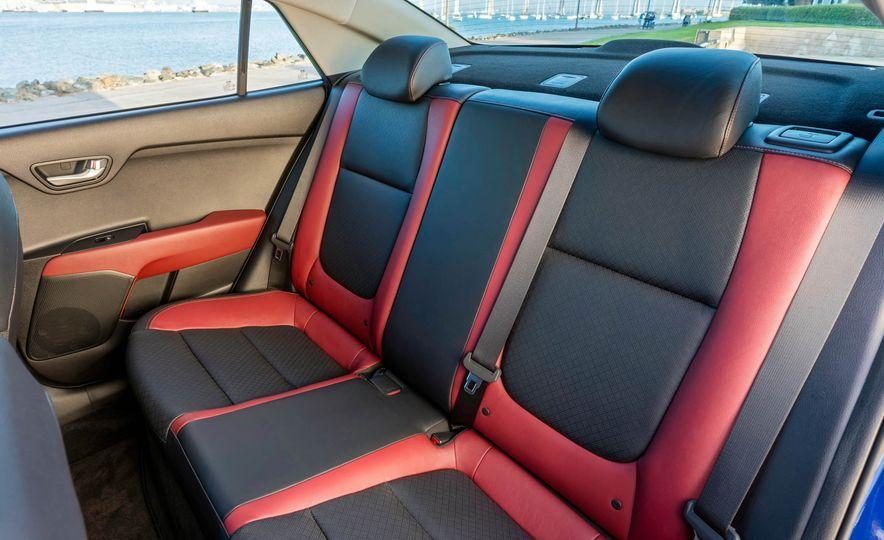2018 Kia Niro plug-in hybrid - Slide 20