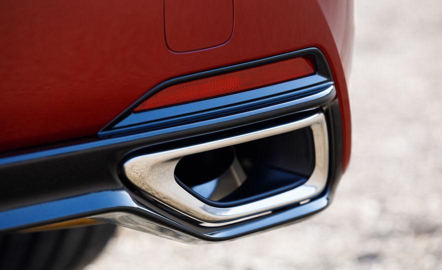 2018 Lexus LS500 AWS F Sport - Slide 21