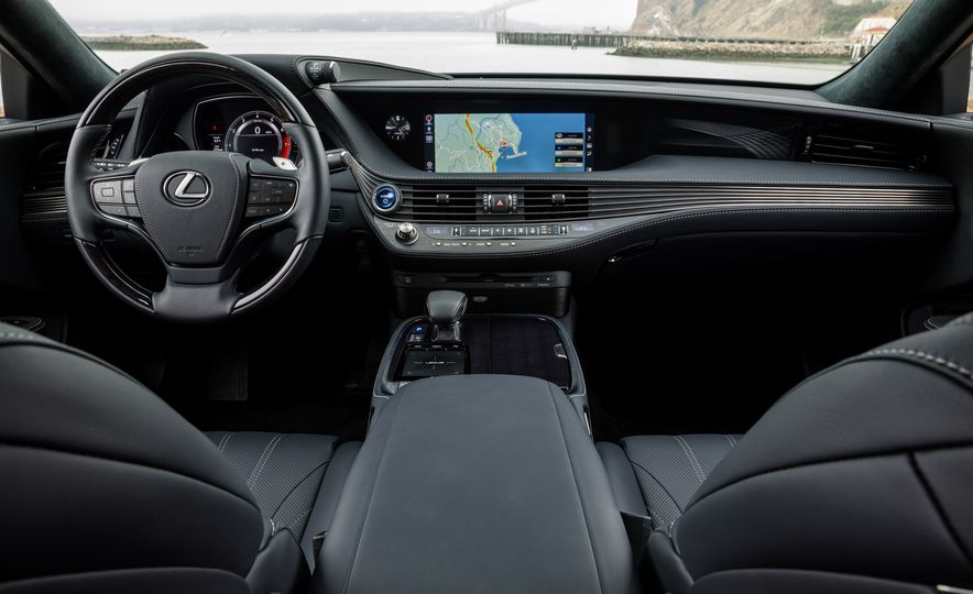 2018 Lexus LS500 AWS F Sport - Slide 26
