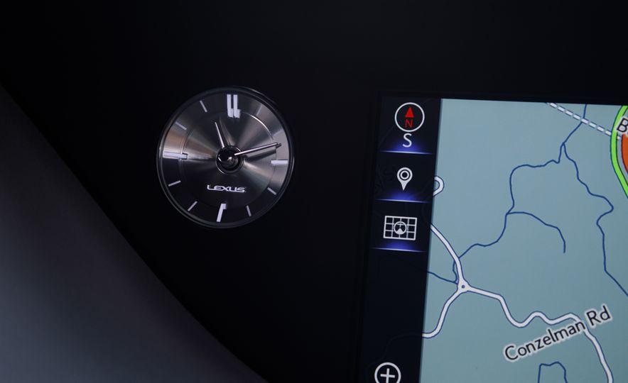 2018 Lexus LS500 AWS F Sport - Slide 31
