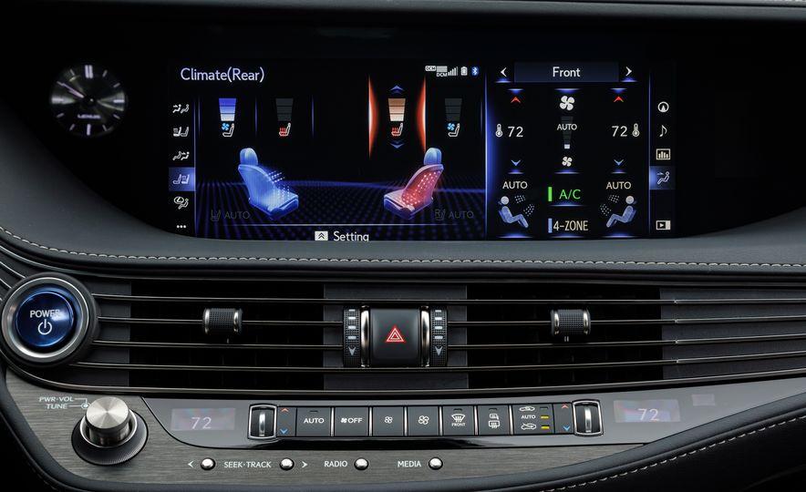 2018 Lexus LS500 AWS F Sport - Slide 36