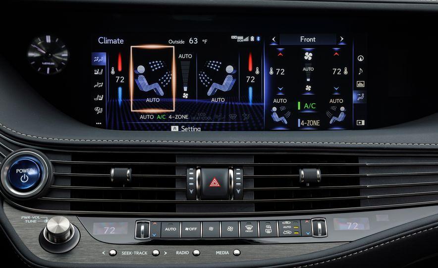 2018 Lexus LS500 AWS F Sport - Slide 37