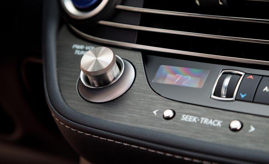 2018 Lexus LS500 AWS F Sport - Slide 39