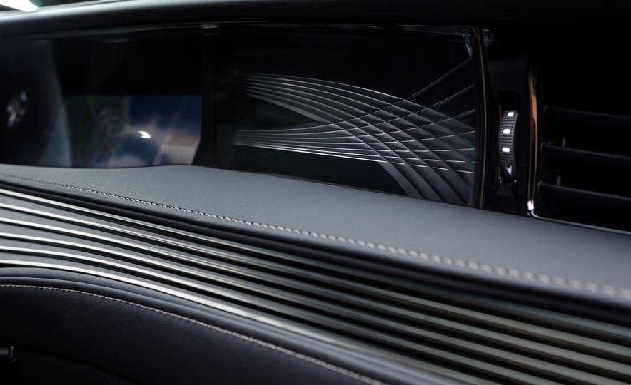 2018 Lexus LS500 AWS F Sport - Slide 49
