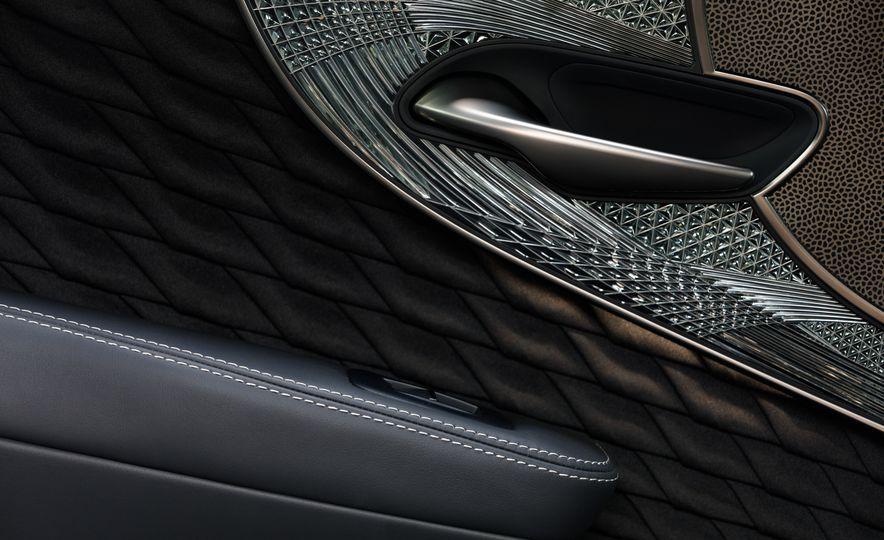 2018 Lexus LS500 AWS F Sport - Slide 51
