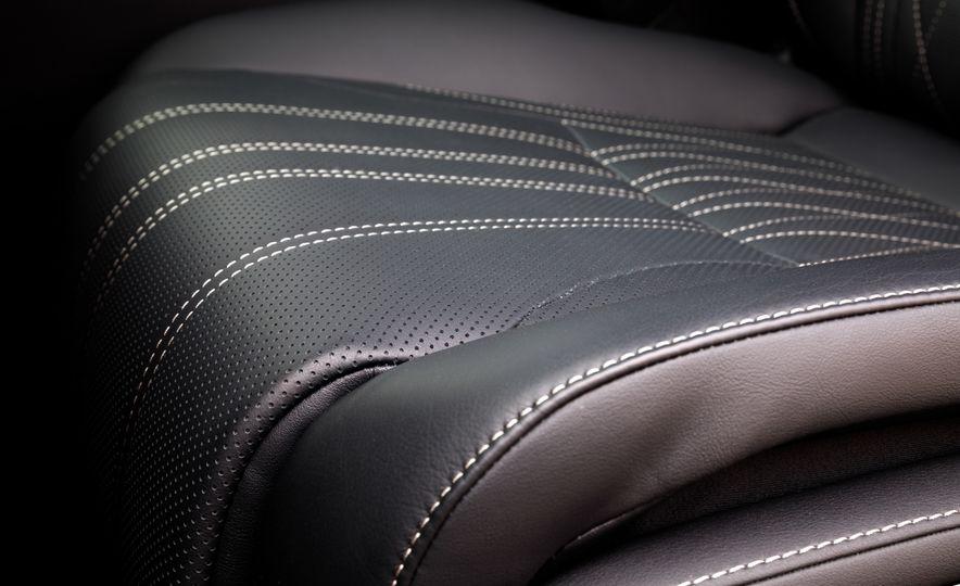 2018 Lexus LS500 AWS F Sport - Slide 55