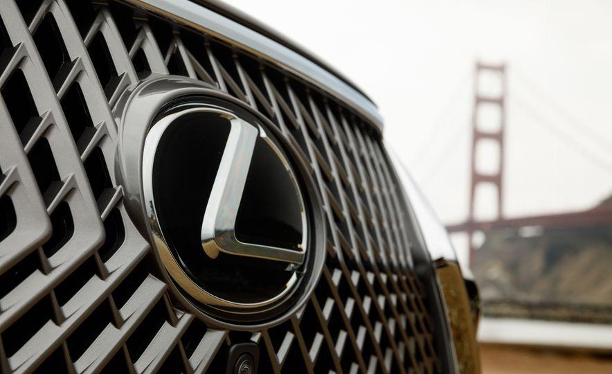 2018 Lexus LS500 AWS F Sport - Slide 67