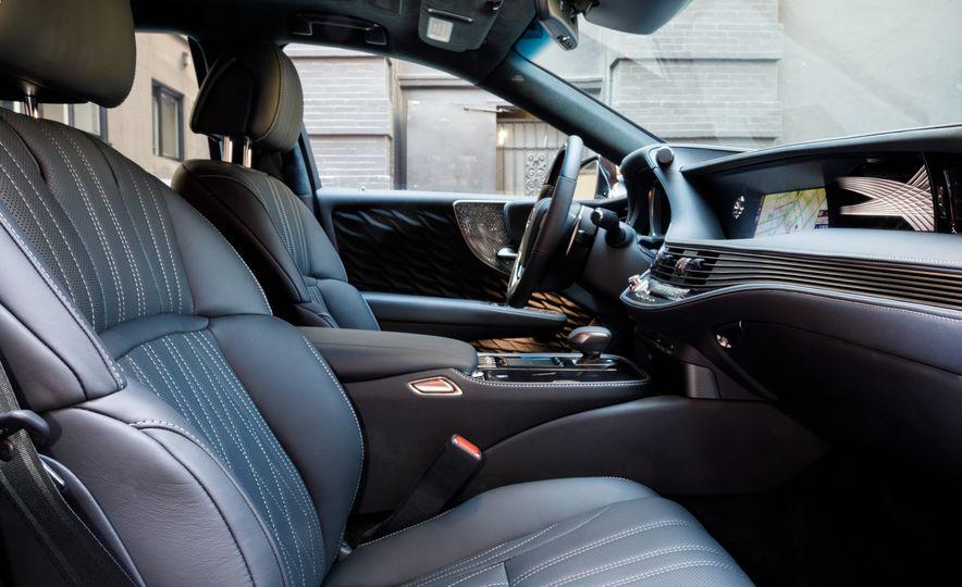 2018 Lexus LS500 AWS F Sport - Slide 87