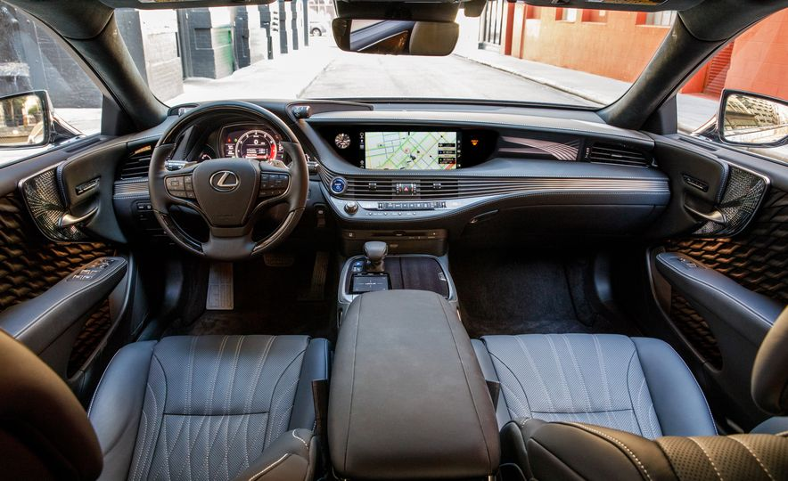 2018 Lexus LS500 AWS F Sport - Slide 88