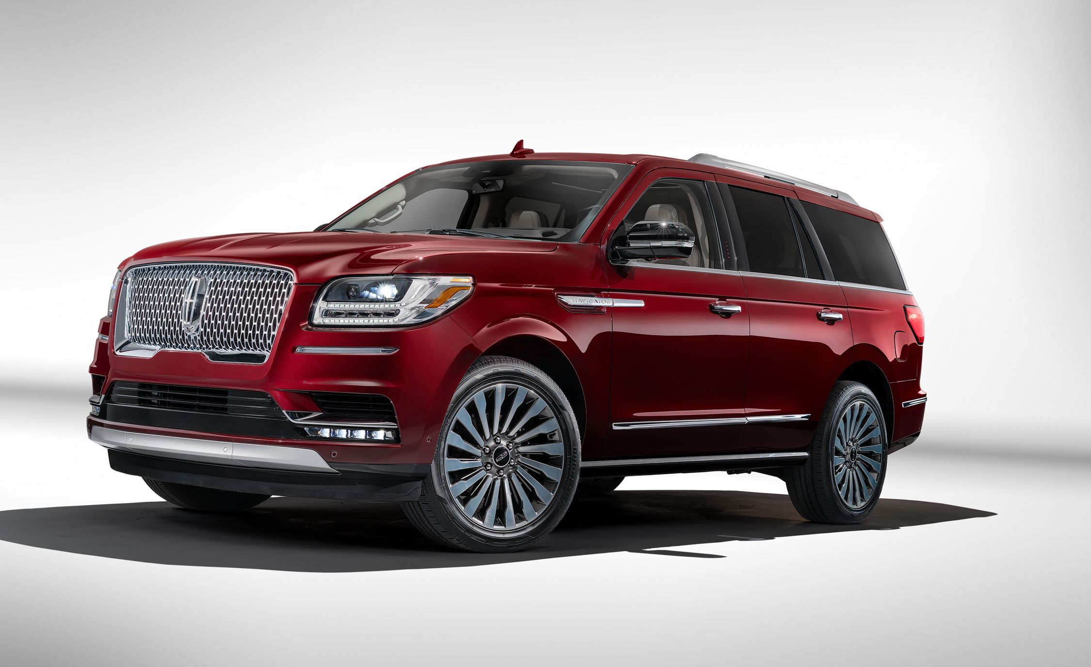 2018 lincoln navigator pictures photo gallery car and. Black Bedroom Furniture Sets. Home Design Ideas