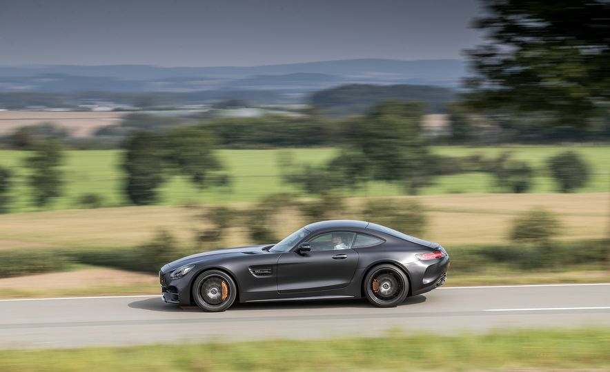 2018 Mercedes-AMG GT C Edition 50 coupe - Slide 3