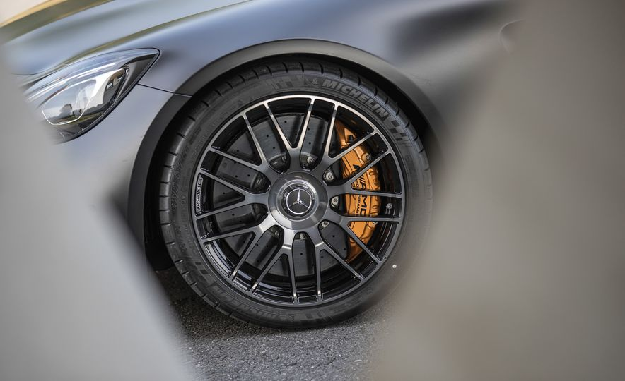 2018 Mercedes-AMG GT C Edition 50 coupe - Slide 21