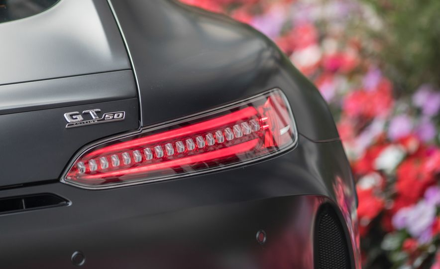 2018 Mercedes-AMG GT C Edition 50 coupe - Slide 24