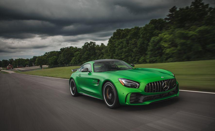2018 Mercedes-AMG GT R - Slide 2