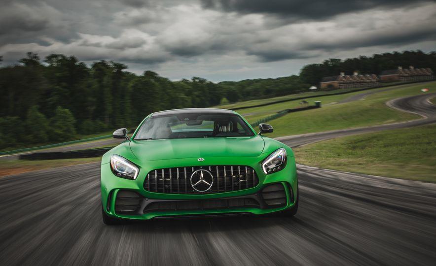 2018 Mercedes-AMG GT R - Slide 5