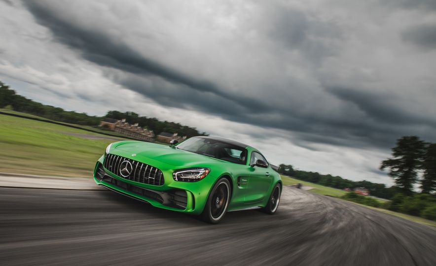 2018 Mercedes-AMG GT R - Slide 7