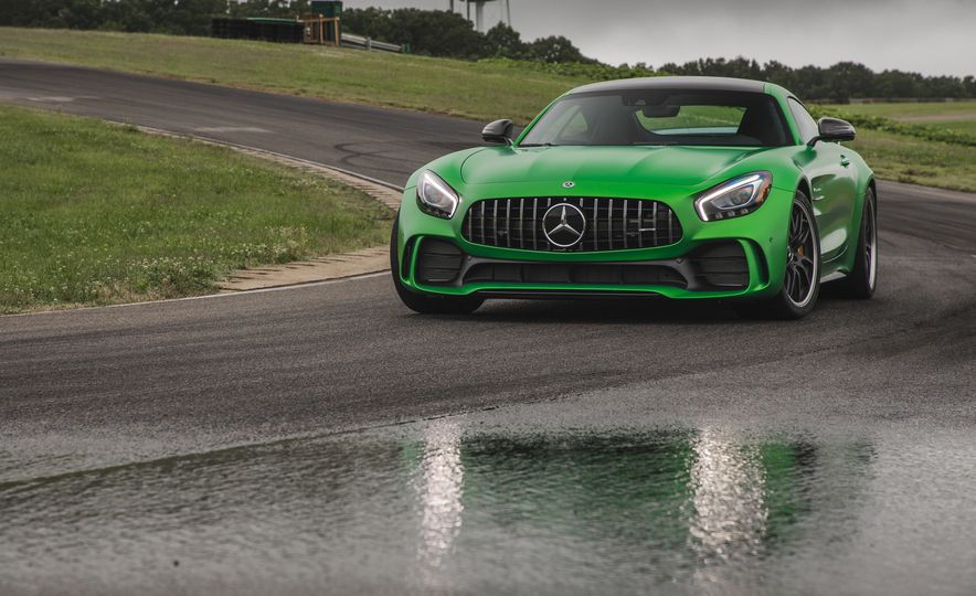 2018 Mercedes-AMG GT R - Slide 15