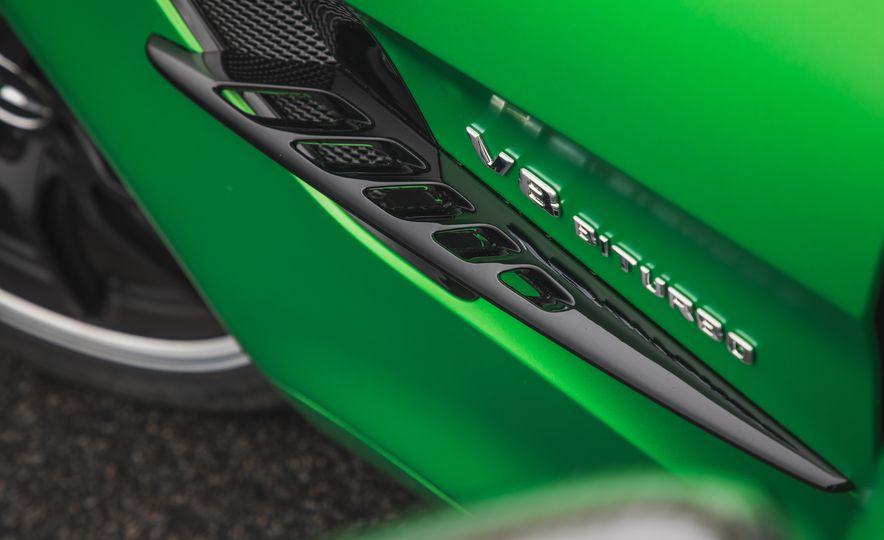 2018 Mercedes-AMG GT R - Slide 35