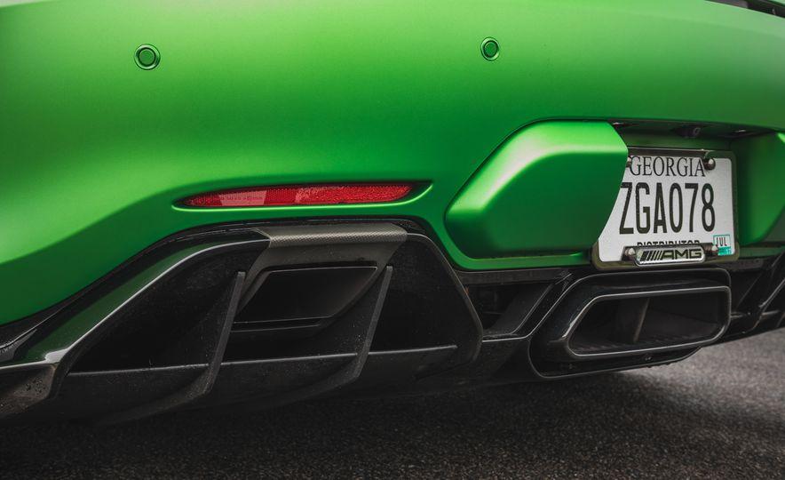2018 Mercedes-AMG GT R - Slide 47