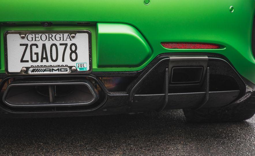 2018 Mercedes-AMG GT R - Slide 49