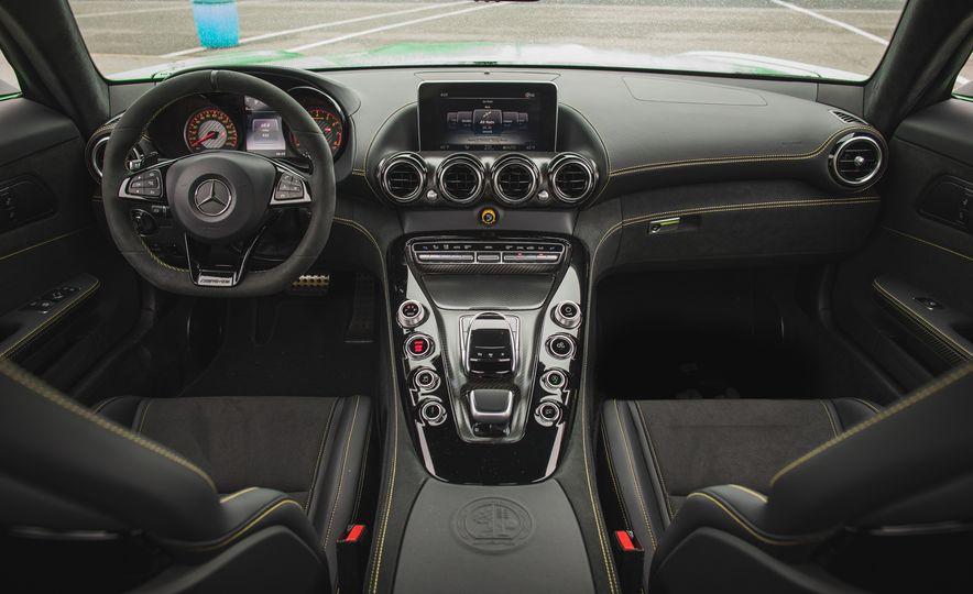 2018 Mercedes-AMG GT R - Slide 54