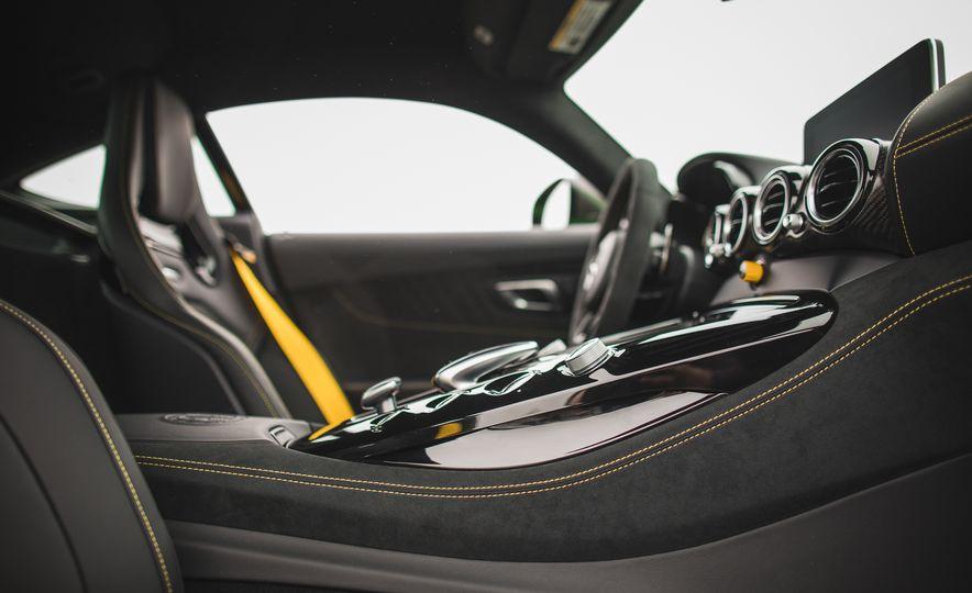 2018 Mercedes-AMG GT R - Slide 56