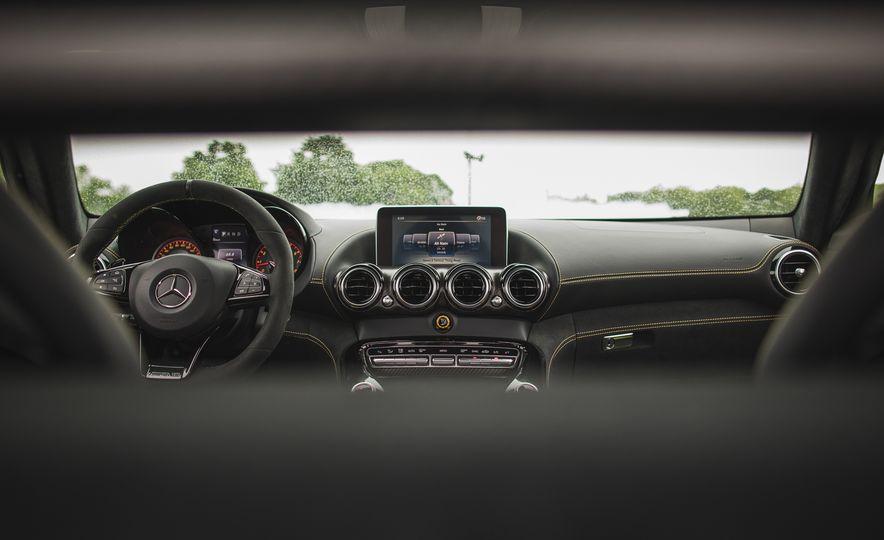 2018 Mercedes-AMG GT R - Slide 69
