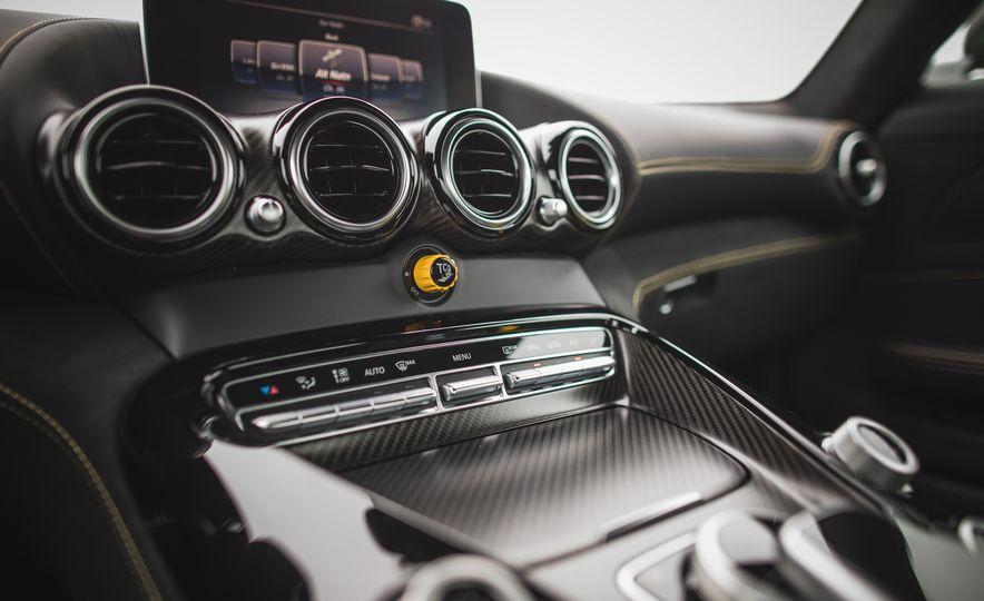 2018 Mercedes-AMG GT R - Slide 72