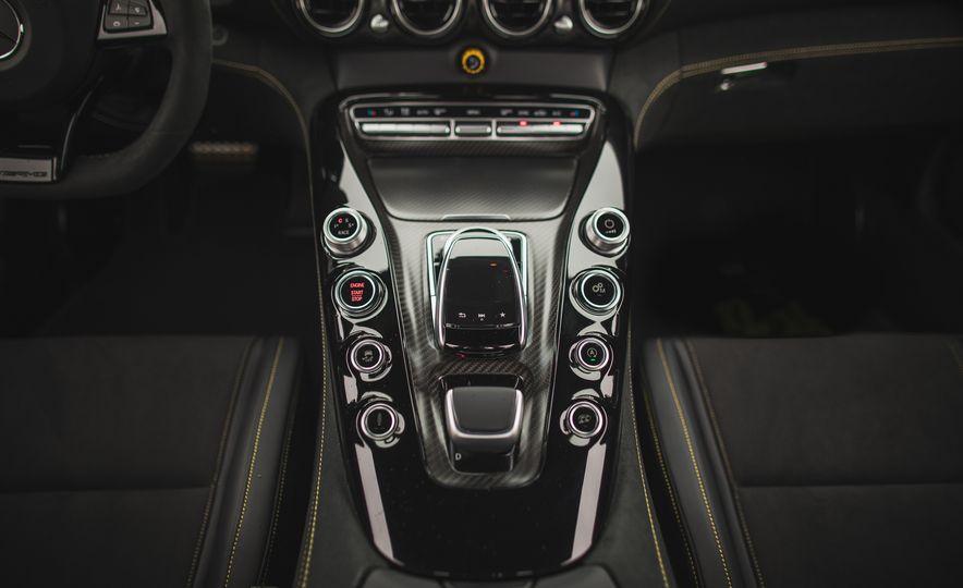 2018 Mercedes-AMG GT R - Slide 73