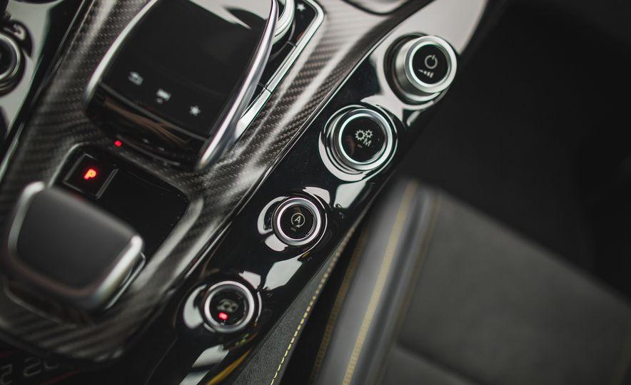2018 Mercedes-AMG GT R - Slide 75