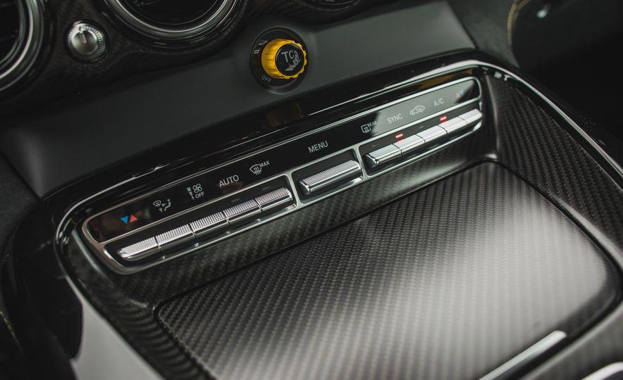 2018 Mercedes-AMG GT R - Slide 79