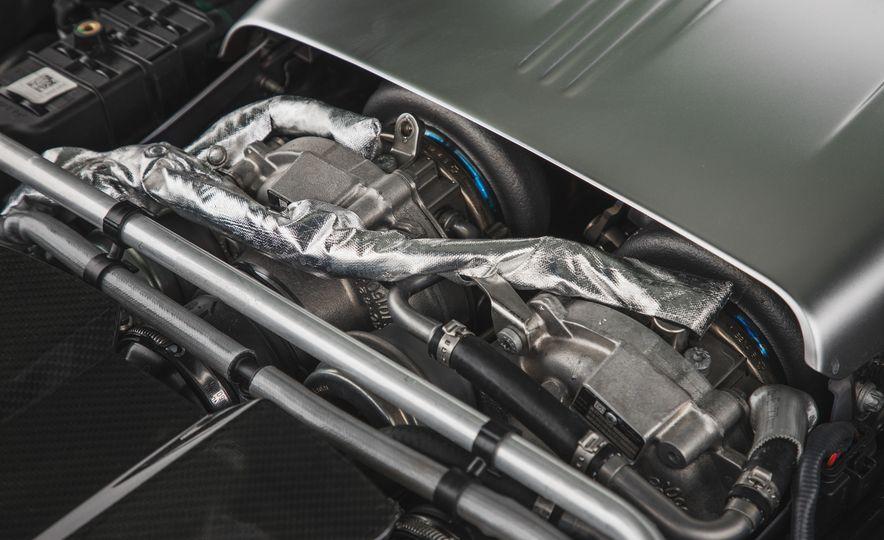 2018 Mercedes-AMG GT R - Slide 96