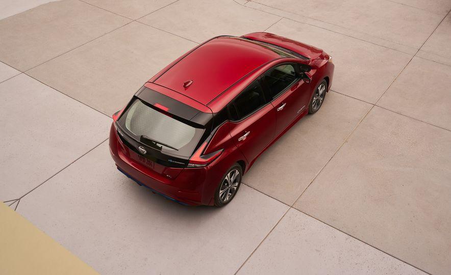2018 Nissan Leaf - Slide 5