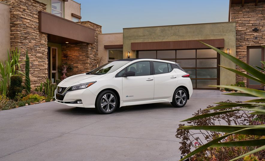 2018 Nissan Leaf - Slide 38