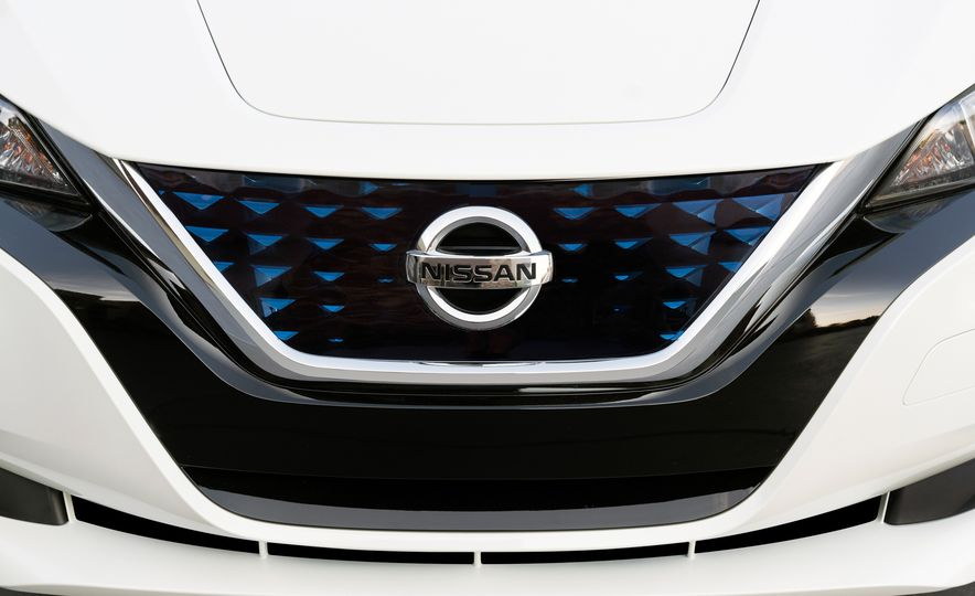 2018 Nissan Leaf - Slide 39