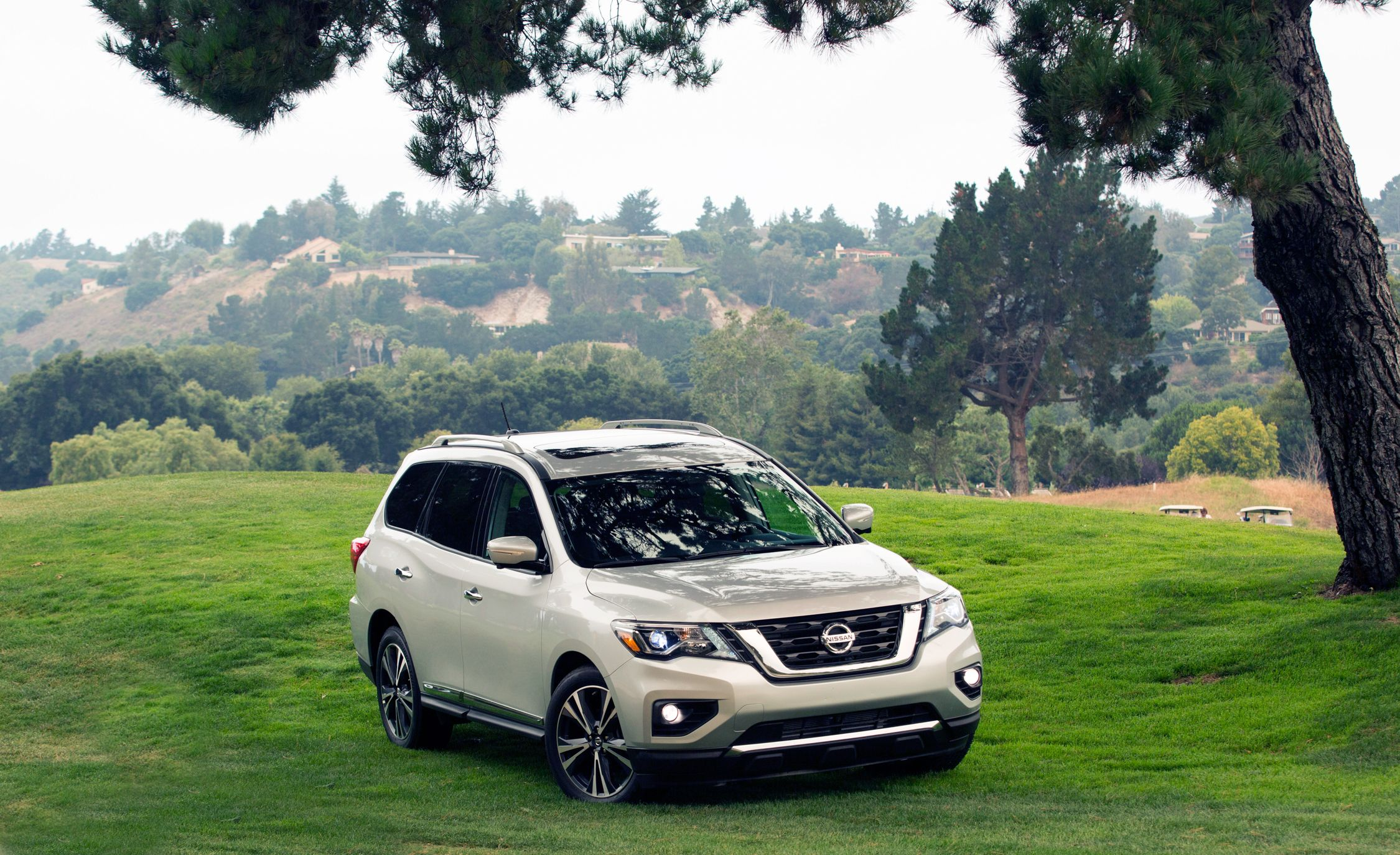 Nissan Pathfinder Reviews Price Photos And Specs Car Driver