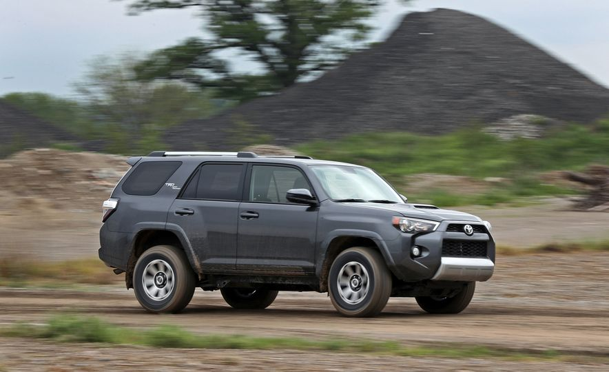 2017 Toyota 4Runner - Slide 3